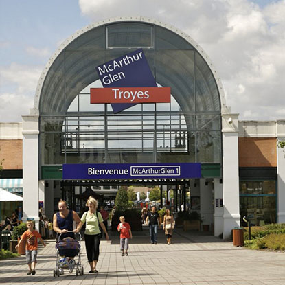 Factory outlet stores in Troyes